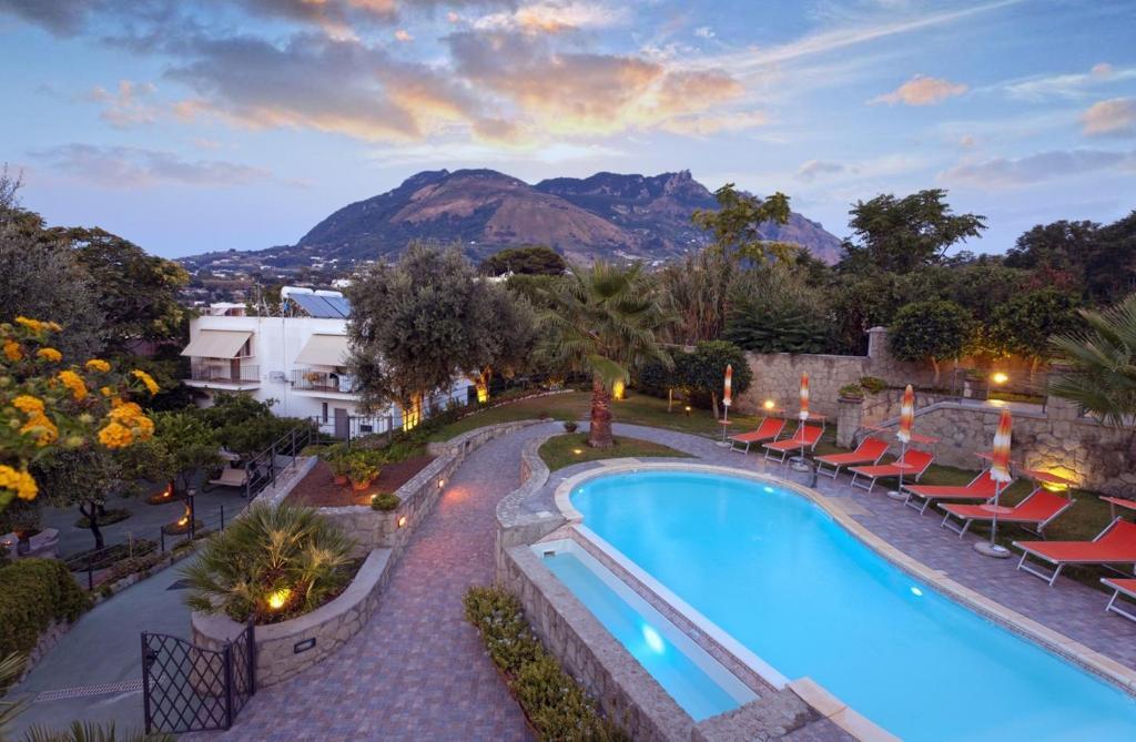 Вид на бассейн в Casa Vacanze Parco Del Generale или окрестностях