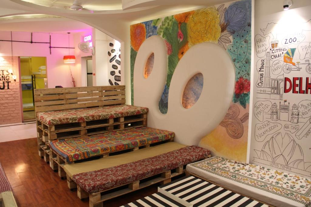The lobby or reception area at Tobo Stays