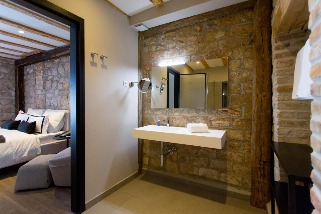 Hotel Osam - Adults Only