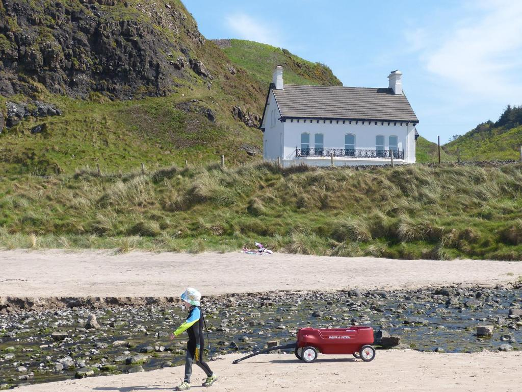 Downhill Beachhouse