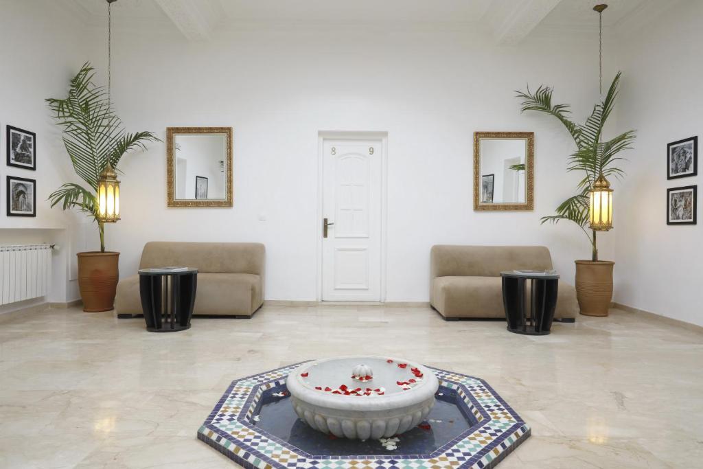 Bed & Breakfast La Maison Blanche (Marokko Marrakesch ...
