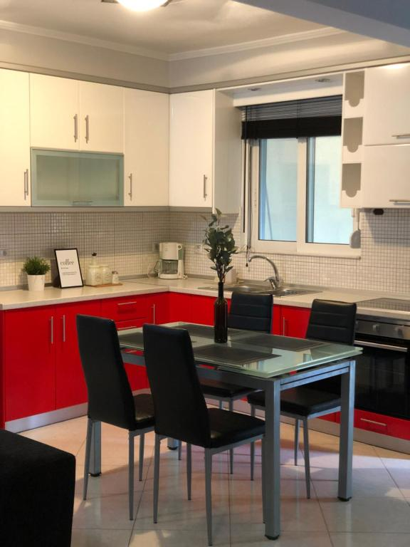 A kitchen or kitchenette at Modern ,cozy and quite apartment near city center