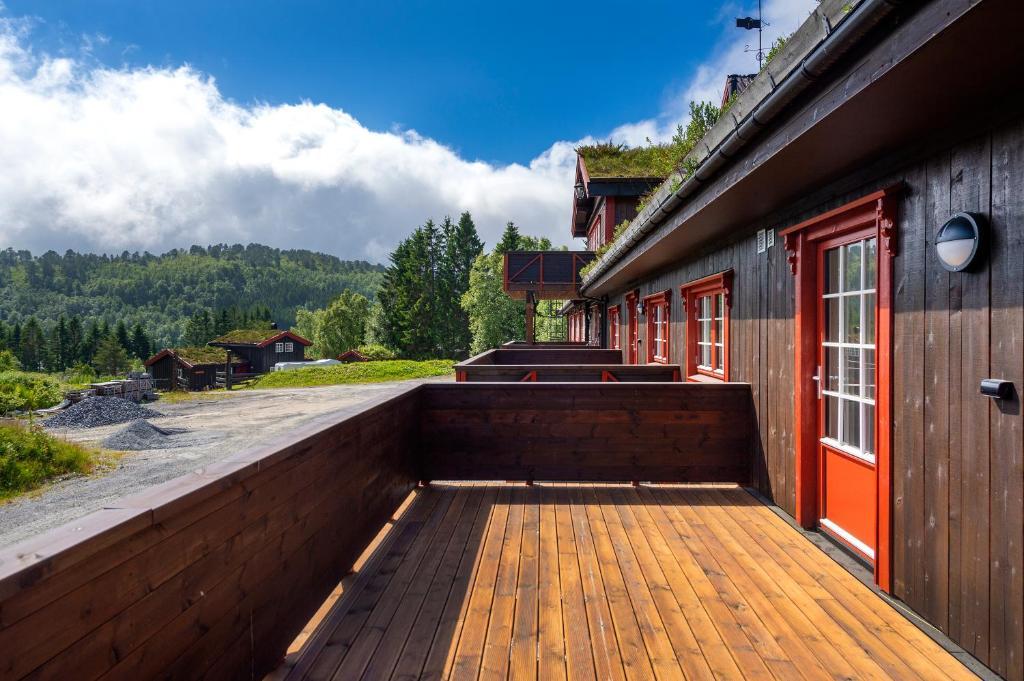 En balkong eller terrasse på Lysgården på Eventyrlige Skaret, Molde