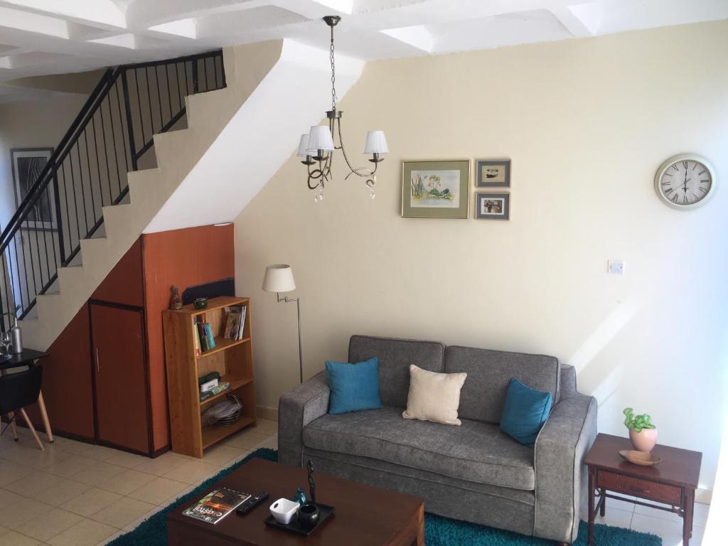 Incredible Apartment Nakshi Nyumbani Mtwapa Kenya Booking Com Theyellowbook Wood Chair Design Ideas Theyellowbookinfo