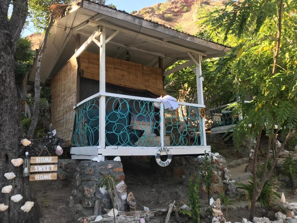 Resort Village Flores Xpirates Dive Camp Labuan Bajo