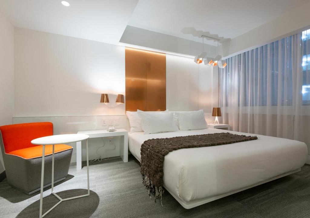 Cama o camas de una habitación en 45 by Director
