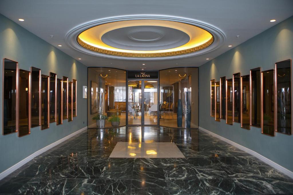 Hotel Riu Plaza España Madrid Spain Booking Com