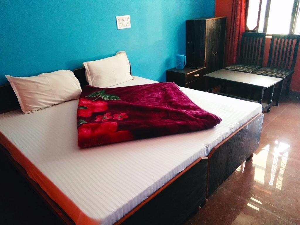 Hotel Vishnu Palace Khumera Guptakashi Gupta Kashi India