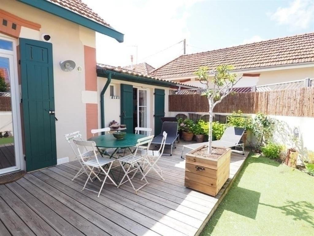 Villa House Location Maison Arcachon 3 Pieces 5 Personnes