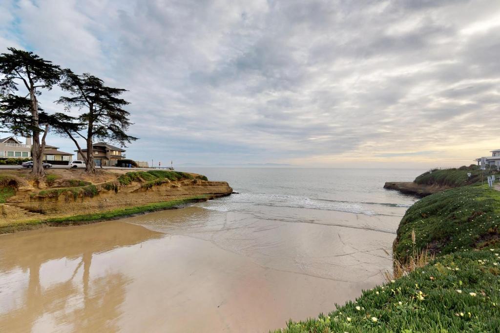 Sunny Cove Retreat Santa Cruz