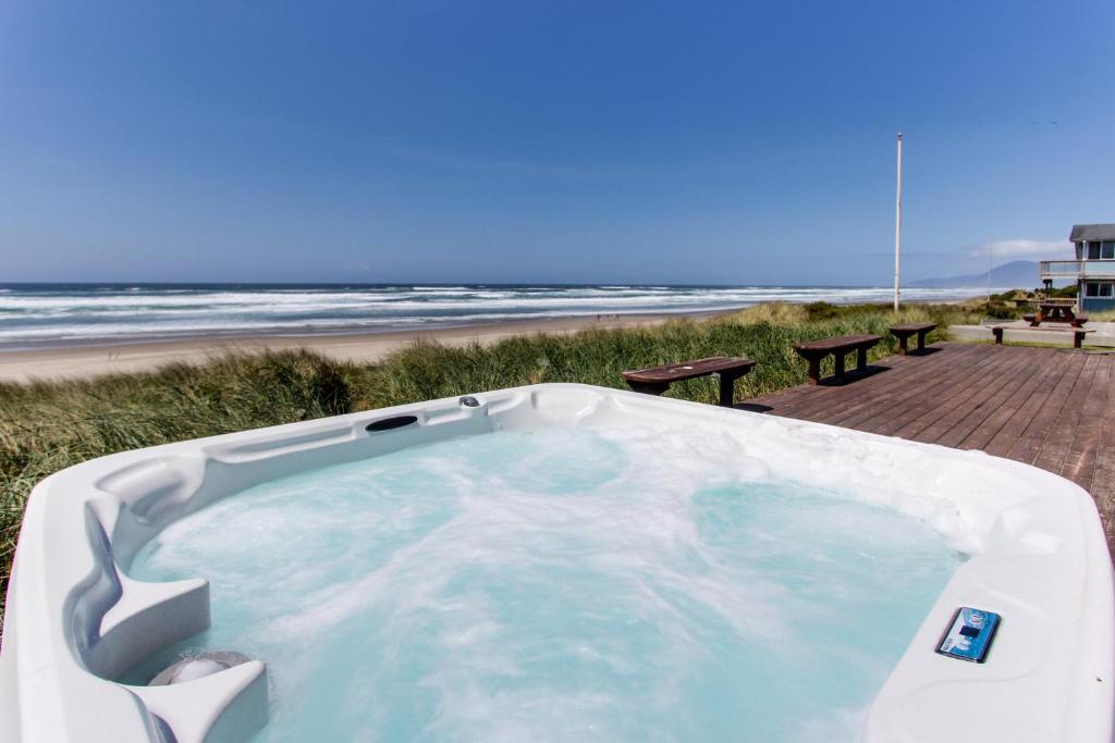 Sand Castle Villa Rockaway Beach Or