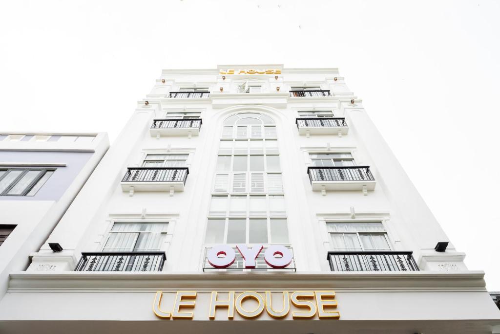 OYO 320 Le House Hotel and Studio