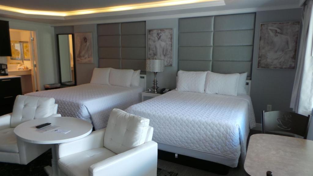 Island House Resort Hotel
