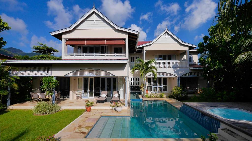 Villa Self Catering Luxury Beach House Eden Island