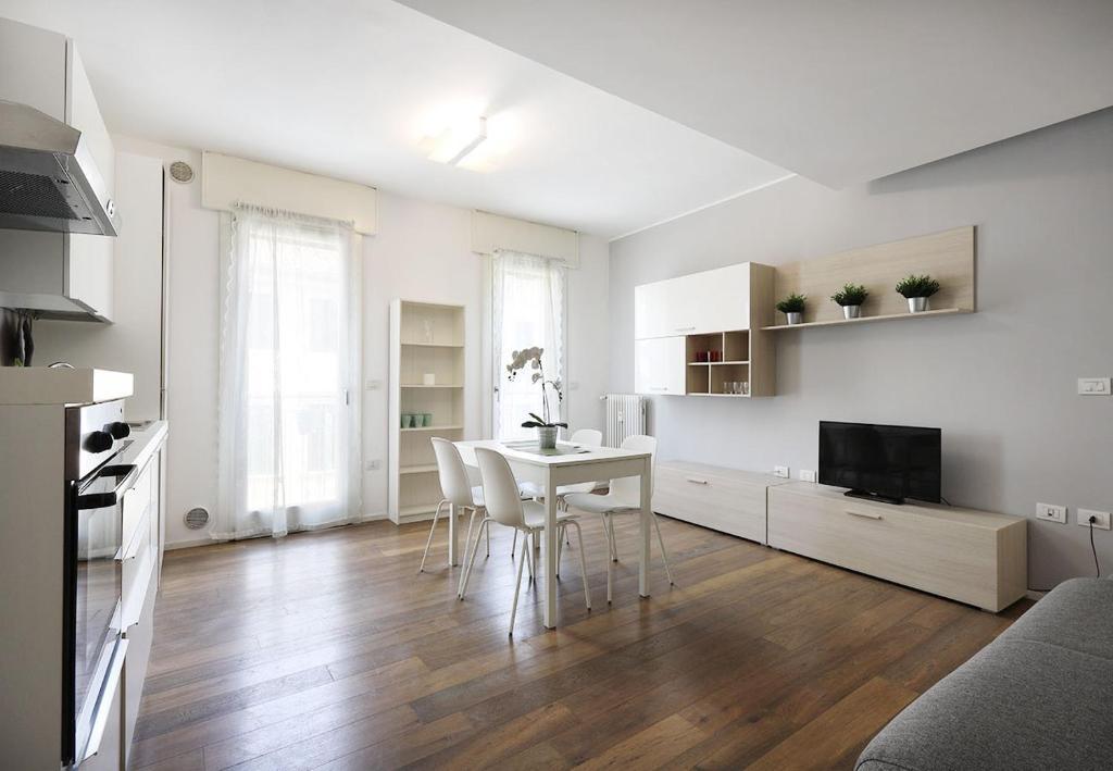 Apartment Yourbanflat White Nature Padova Italy Booking Com