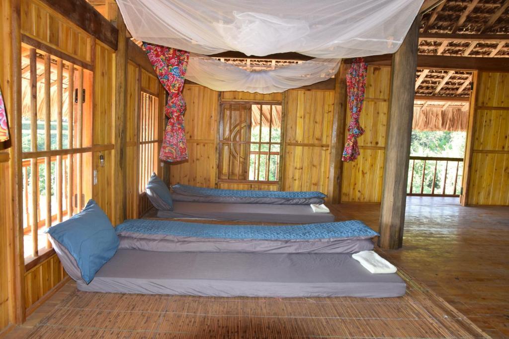 Giường Trong Phòng Ngủ Tập Thể 8 Giường