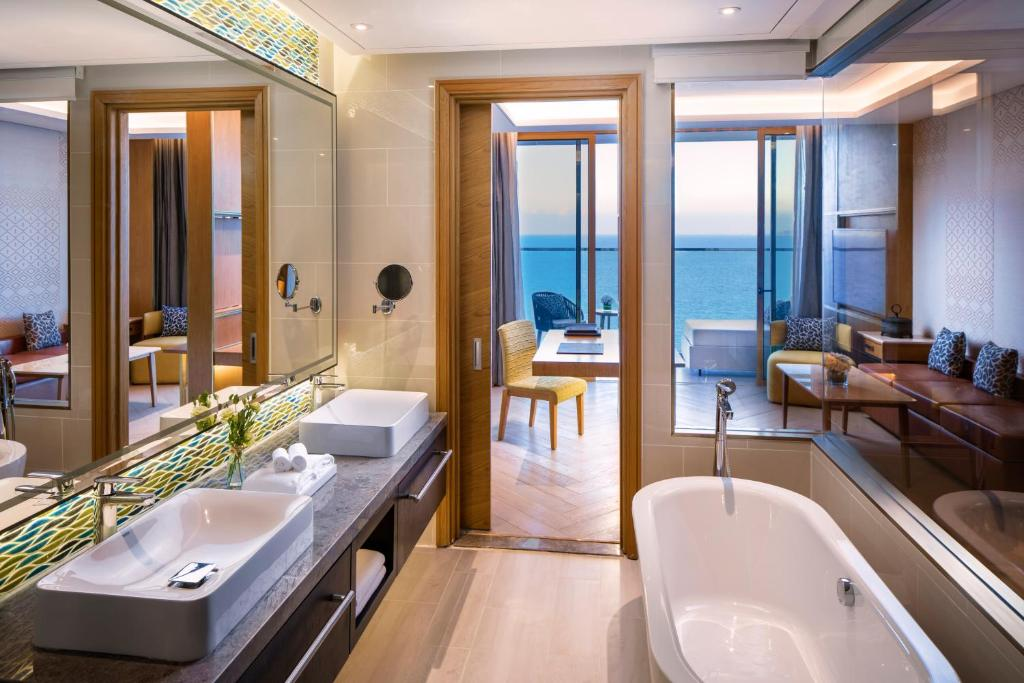 Phòng Deluxe giường cỡ King nhìn ra Biển
