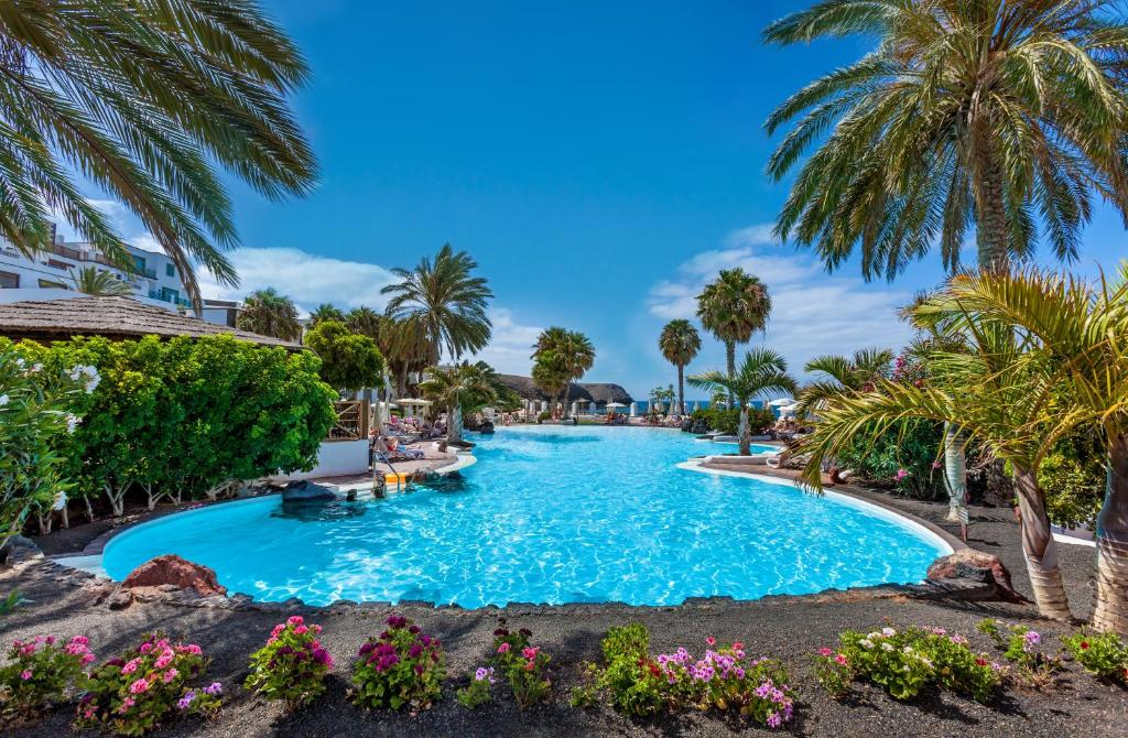 The swimming pool at or near Gran Castillo Tagoro Family & Fun Playa Blanca