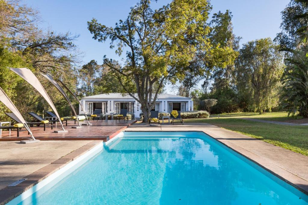The swimming pool at or near Bloomestate Swellendam