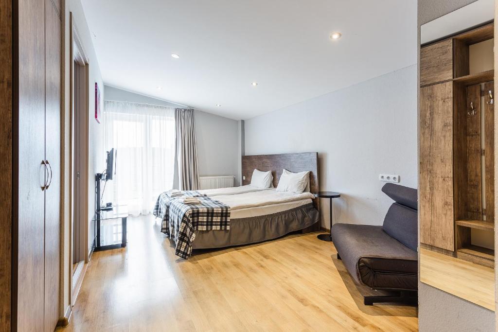 Good Inn Hotel