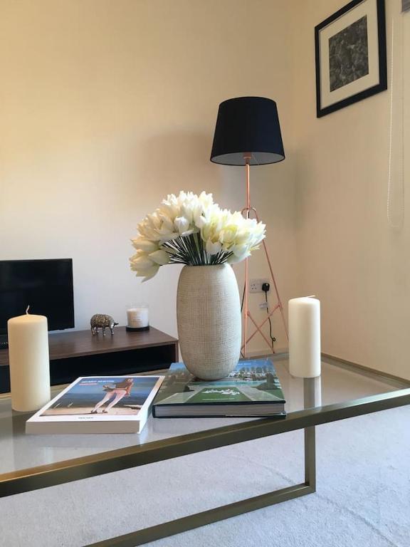 Amazing Chelsea Flat In Luxury Development