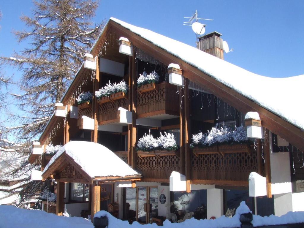 Το Hôtel Ecureuil τον χειμώνα