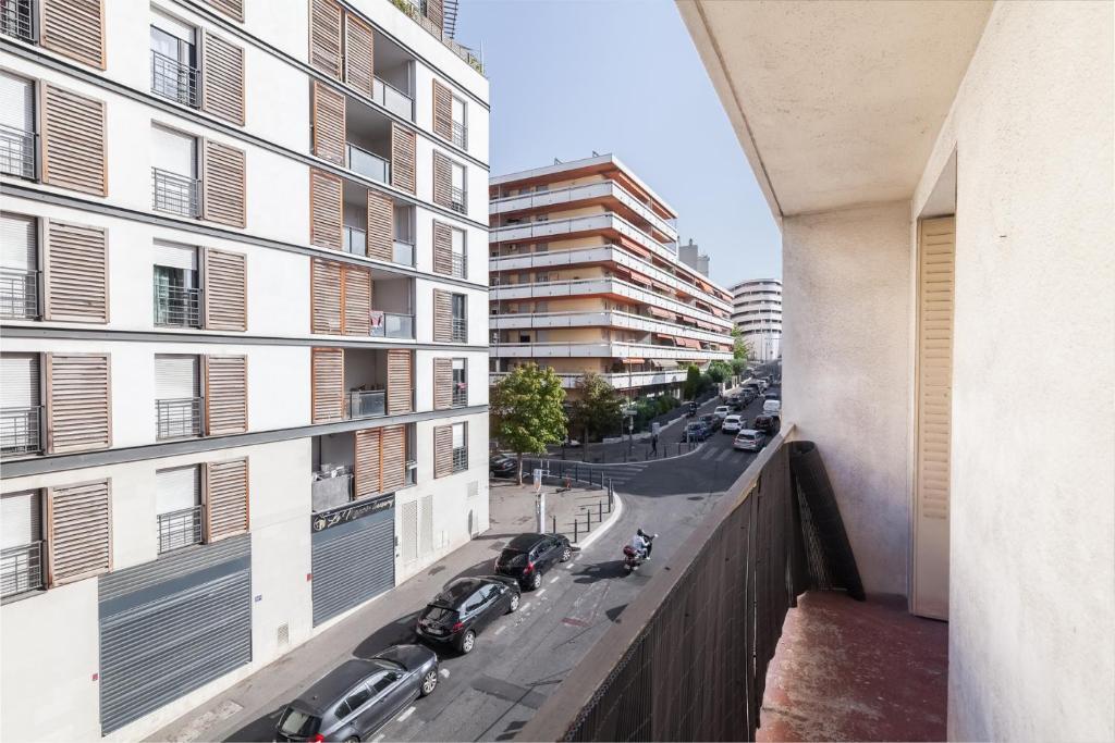Apartment For 4 People Near La Joliette Marsiglia Prezzi