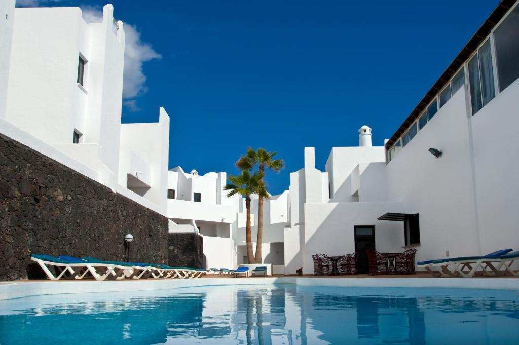Hotel Tabaiba Center, Costa Teguise, Spain - Booking.com
