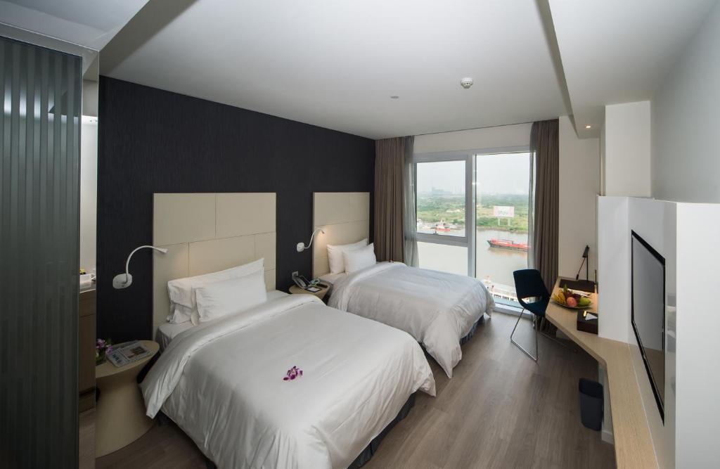 Phòng Premier Đôi hoặc 2 Giường đơn nhìn ra Sông