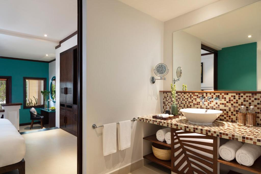 Suite Deluxe Nhìn Ra Vườn