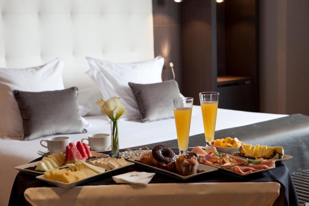 Hotel Maydrit Airport Madrid Spain Booking Com