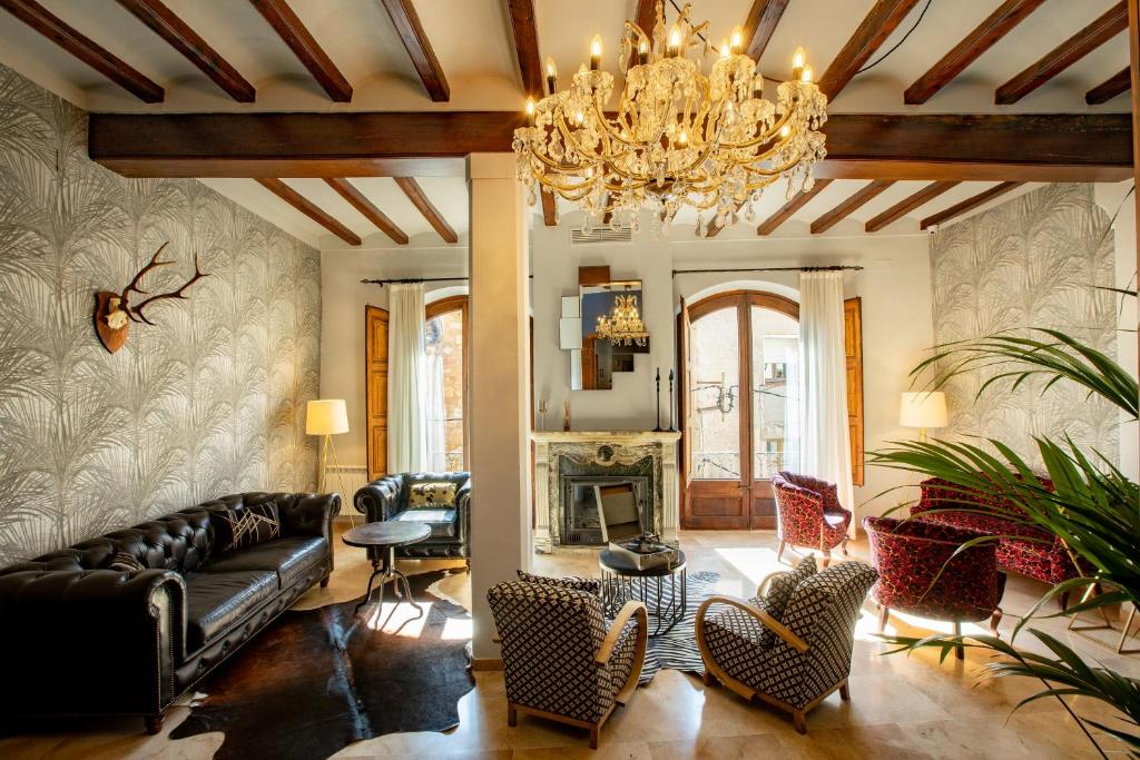 hotels with  charm in cornudella  20