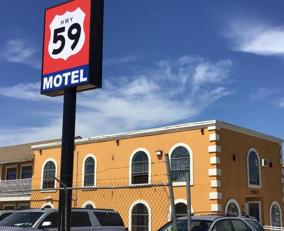 Hwy 59 Motel.