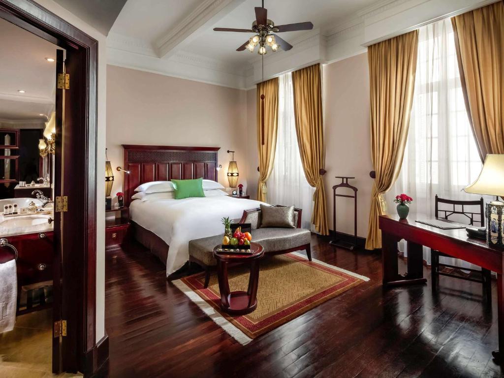 Cánh Lịch Sử - Phòng Grand Luxury Giường Cỡ Queen