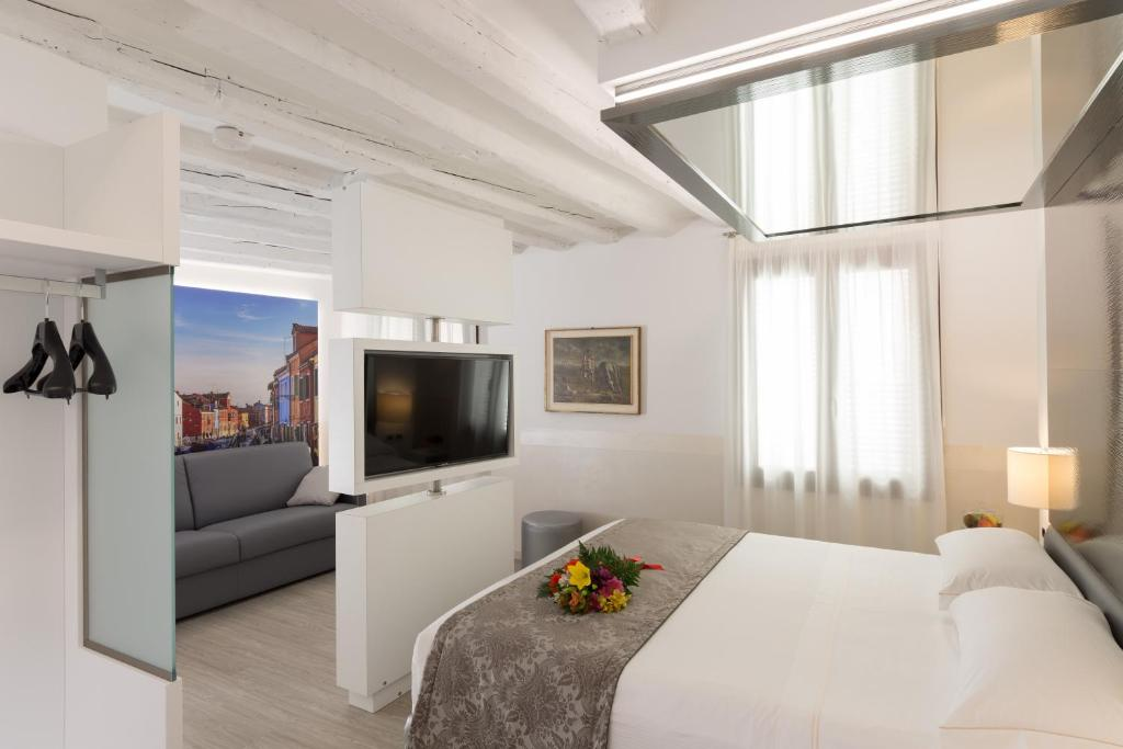 Hotel Ala (Adults Recomd) (Italia Venecia) - Booking.com