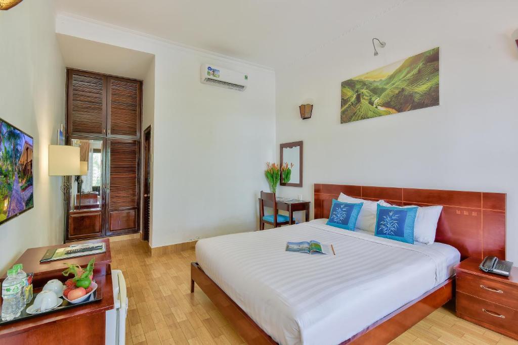 Phòng Premium Giường Đôi/2 Giường Đơn Nhìn ra Hồ bơi