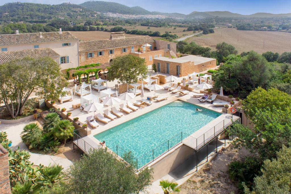 A view of the pool at Predi Son Jaumell Hotel Rural or nearby