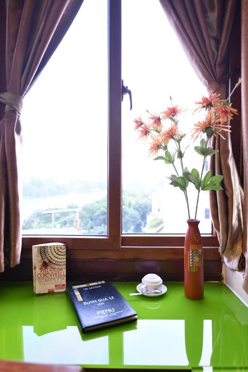 Suite Nhìn Ra Hồ