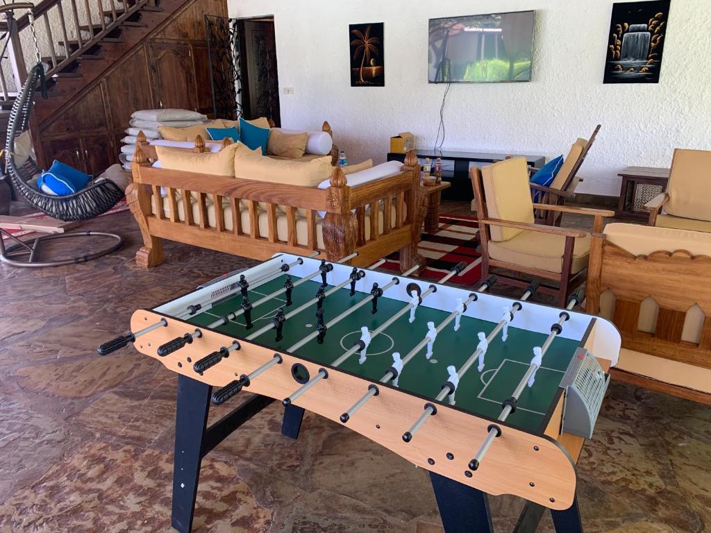 Fine Villa Ameera Malindi Kenya Booking Com Theyellowbook Wood Chair Design Ideas Theyellowbookinfo