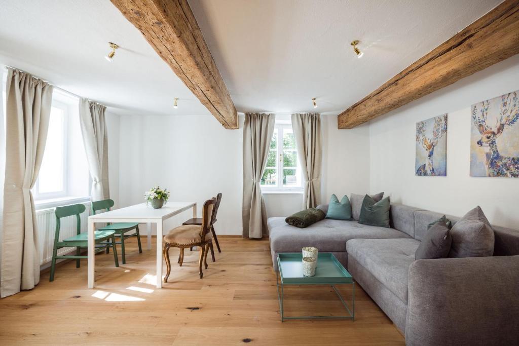 Ein Sitzbereich in der Unterkunft Exclusive Apartment Il sogno di Scipione