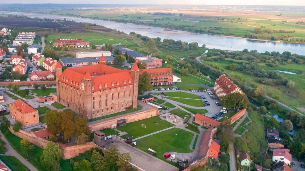מבט מלמעלה על Zamek Gniew - Hotel Rycerski