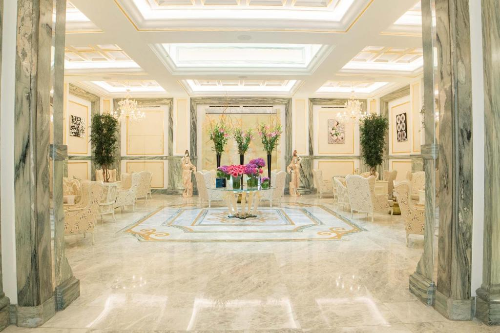The lobby or reception area at Aleph Rome Hotel, Curio Collection By Hilton