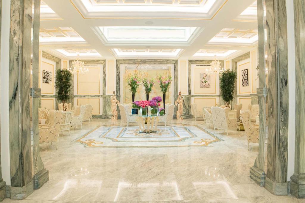 Aleph Rome Hotel Curio Collection By Hilton Roma Prezzi