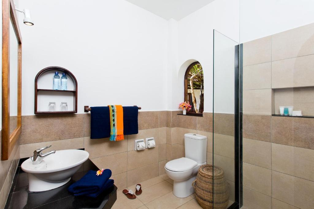 A bathroom at Neptune Paradise Beach Resort & Spa - All Inclusive