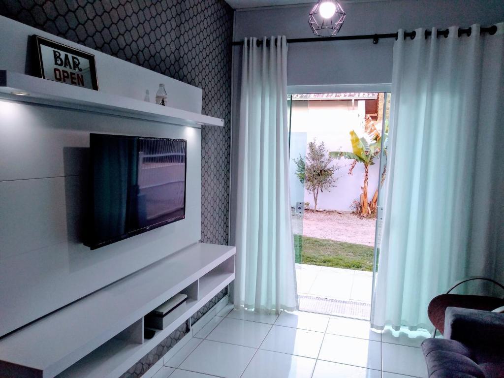 Una televisión o centro de entretenimiento en Casa Joaquina
