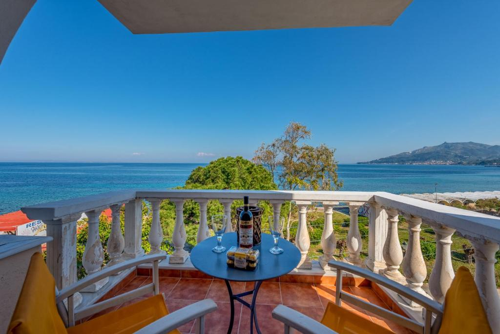 balcony hotel zakynthos Apartment Four Seasons Seaview Apts Zakynthos Greece