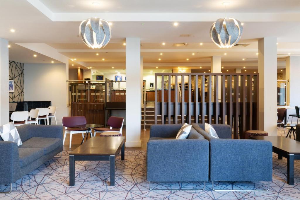 Holiday Inn Express Birmingham Snow Uk Bookingcom