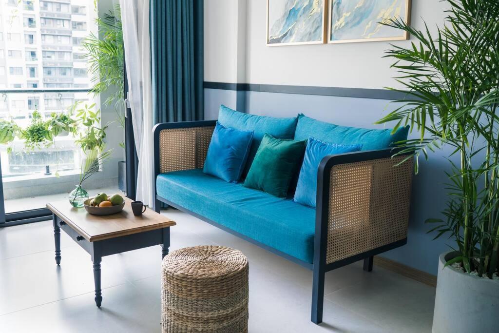 Luxury Services Apartment