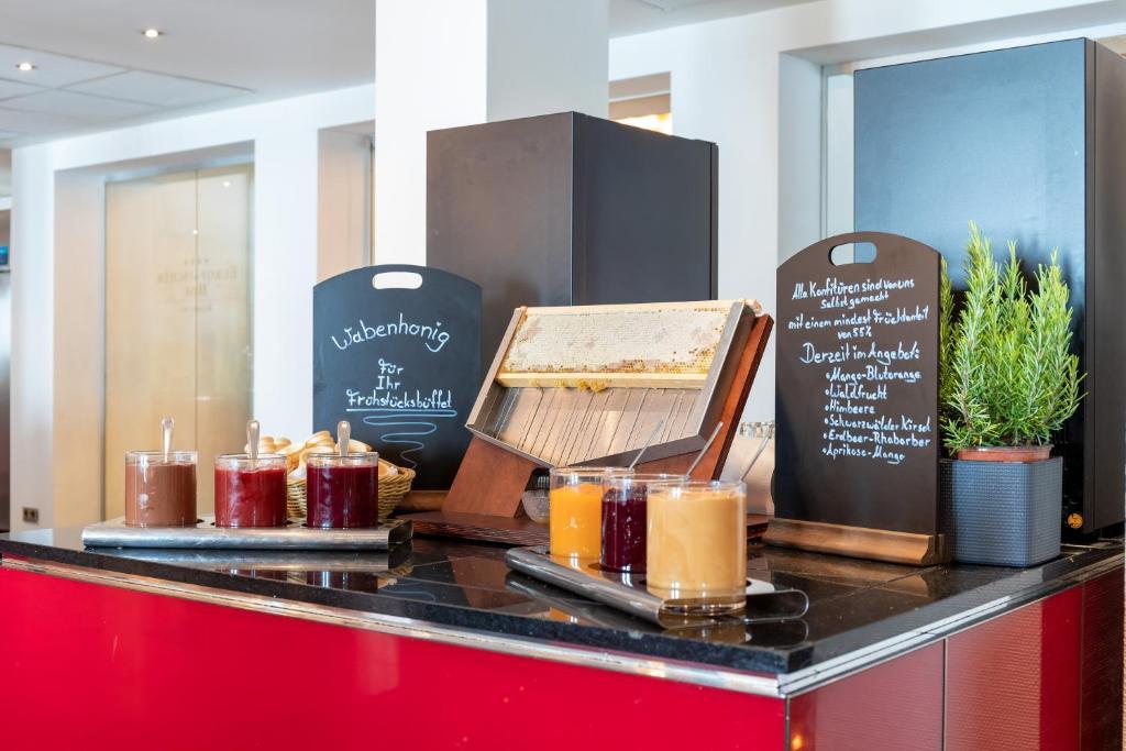 Hotel Europaischer Hof Hamburg Germany Booking Com