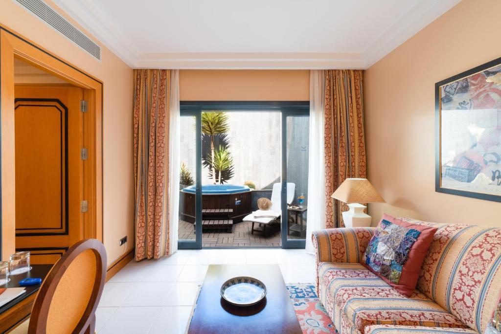 hoteles con encanto en arrecife  8